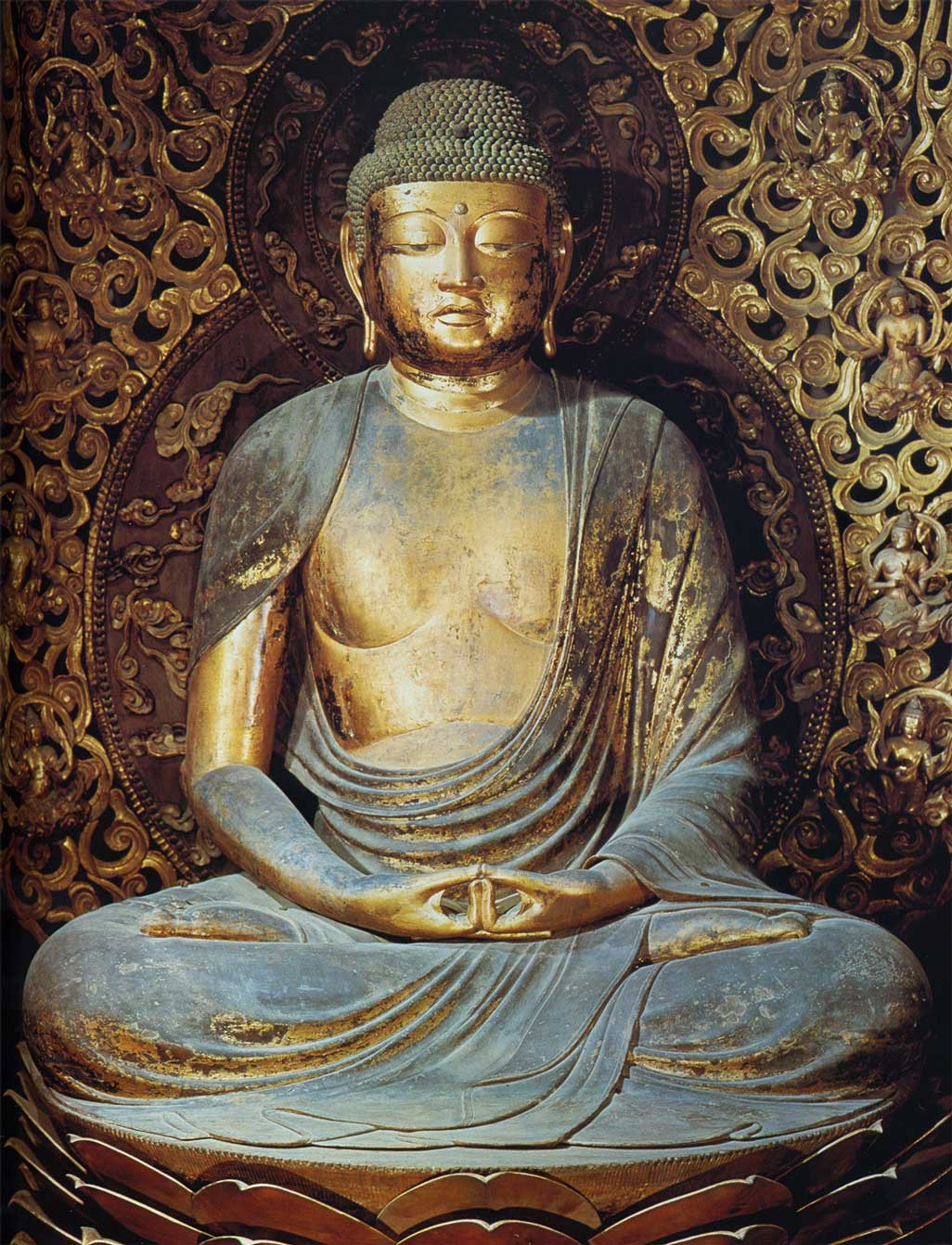 During my time in Japan I have seen many beautiful wooden statues in Temples and Museums. The craftsmanship is impressive. Mostly you are not allowed to take photos of these objects of workshop. this image of the Amida Nyorai, which is over 2 metres tall and covered with gold leaf, is from Wikipedia commons. It can be found in real life in Byodo-in Temple in Uji, near Kyot.